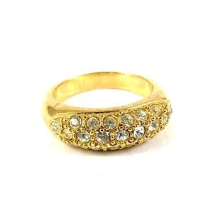 Beautiful Gold Tone Vintage Ring Size 7.5
